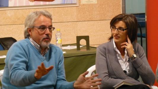 Villarrobledo. Alfredo Gomez Cerdá con los clubes de lectura de Villarrobledo.